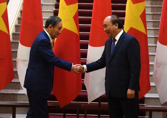 越南总理阮春福和日本首相菅义伟