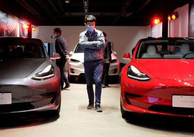 特斯拉公司在去年创下汽车交付数量记录