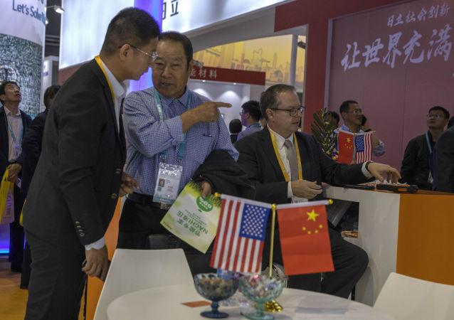 华媒:美国突击检查中国赴美人员党员身份