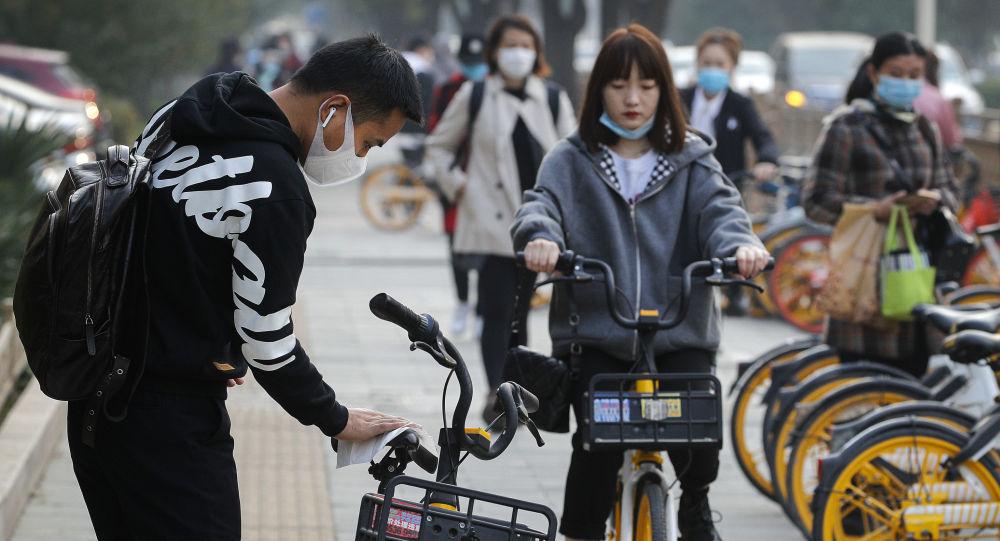 春节期间人员流动大、聚集性活动多 将增加疫情传播风险
