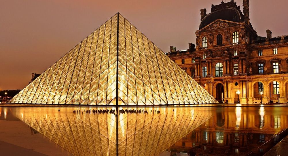 刚果男子试图从卢浮宫偷窃雕像带回非洲