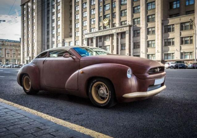 莫斯科一辆野牛皮汽车正在出售 原打算送给英国女王(图片)