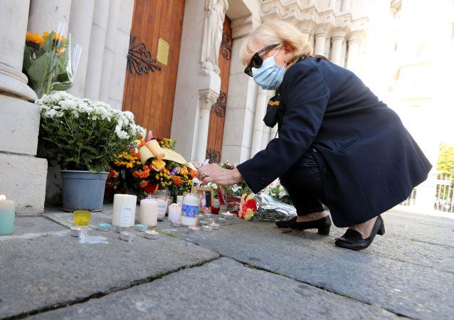 媒体:法国警方逮捕尼斯袭击事件凶手联系的第二个人