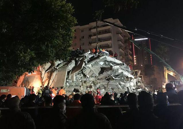 伊兹密尔地震的后果