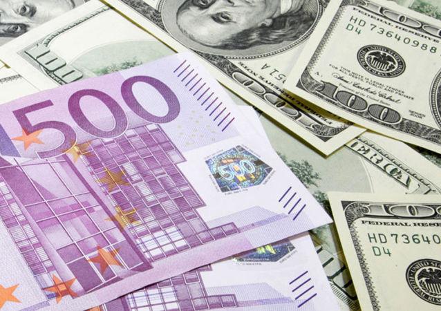 俄专家解读为何投资欧元比美元更有利