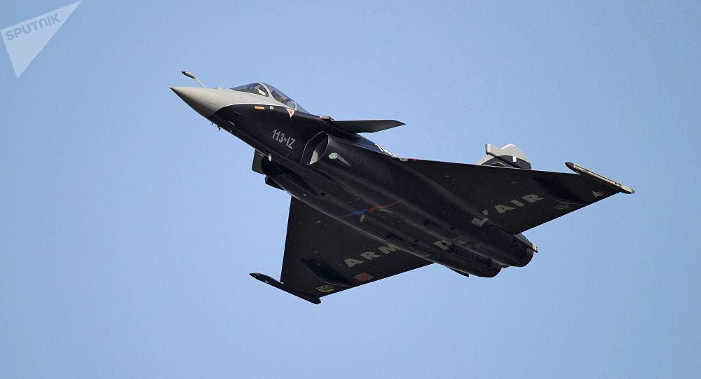 法国防长称向埃及出售阵风战斗机对法国主权具有关键意义