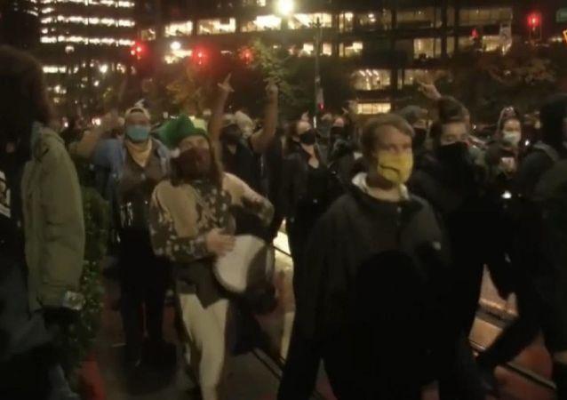 美国大选期间爆发抗议活动