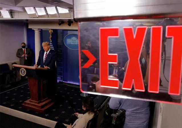 特朗普顾问在私下交谈中对选举诉讼能否成功表示怀疑