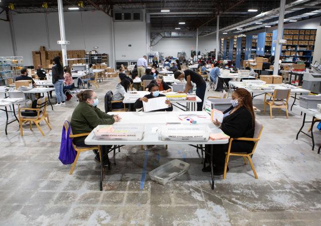 美国17个共和党人执政州支持得克萨斯有关重新审查选举的诉讼