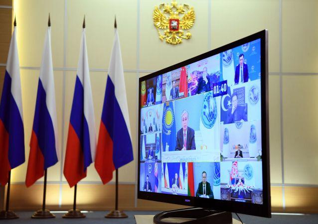 中国副外长:俄方为本次上合作组织成员国峰会顺利举行做出大量卓有成效的工作