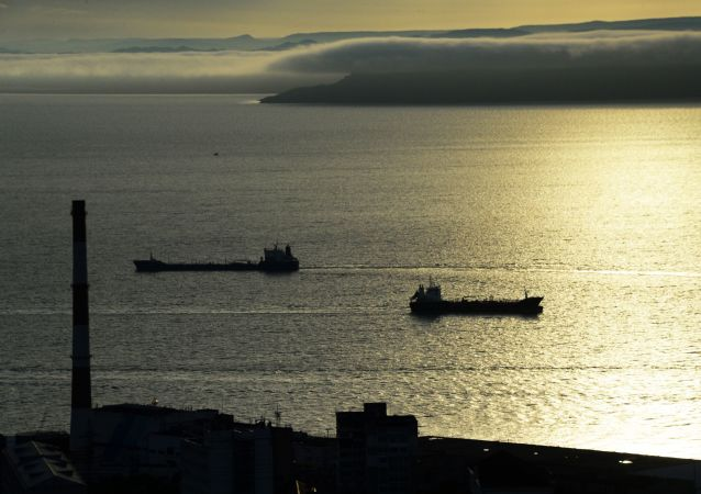 俄滨海边疆区因气旋受阻的海上客运恢复