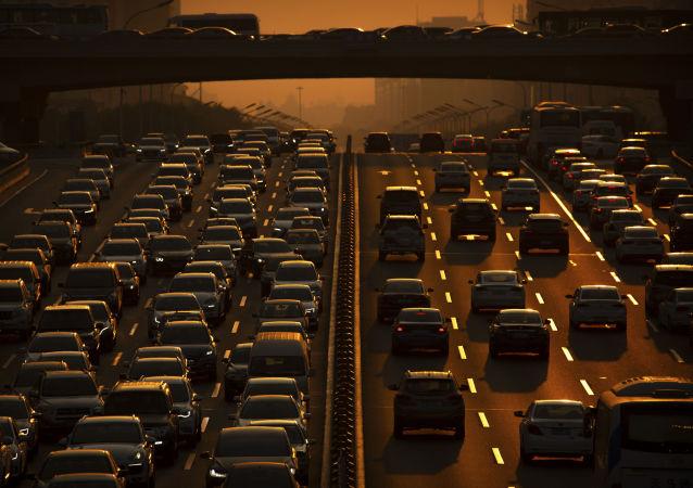 中国商务部:1-2月中国新车累计产销量同比增长近3%