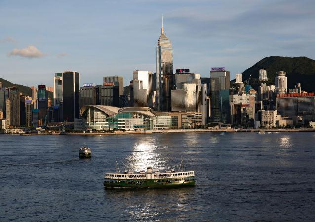 中国外交部:中方对英国政府发表所谓涉港半年报告表示坚决反对和强烈谴责