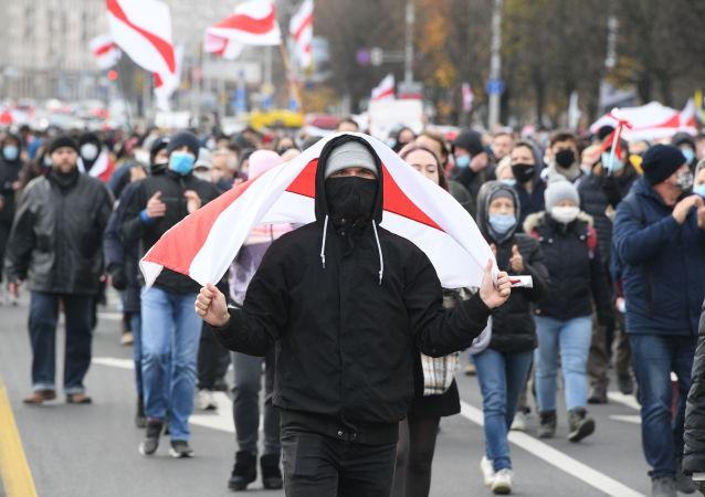 维权人士称昨日245名白俄罗斯人遭拘留