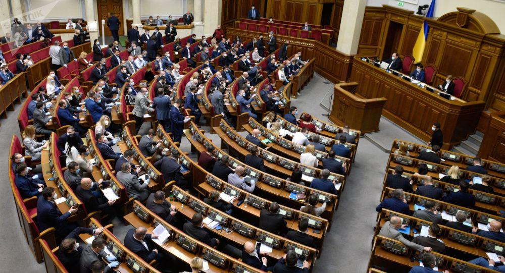 乌克兰最高拉达批准外国部队入境参加2021年军演