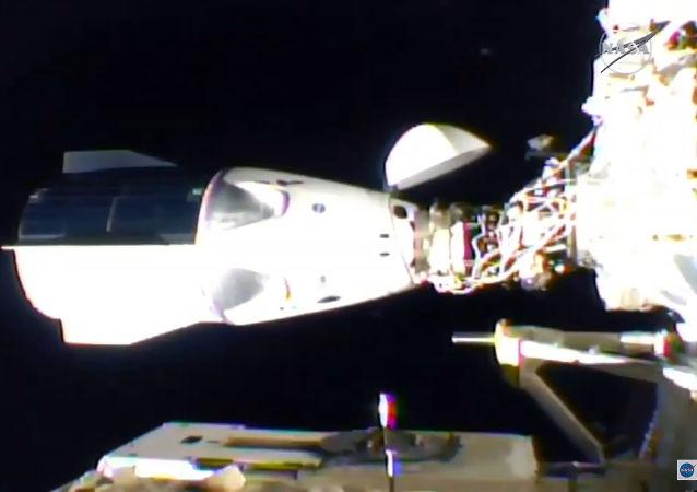美国国家航空航天局:载人龙飞船2月7日将创下与国际空间站连体在轨飞行时长记录