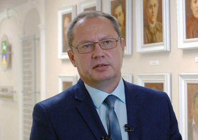 俄罗斯比斯克市市长感染新冠病毒康复一个月后检测再呈阳性