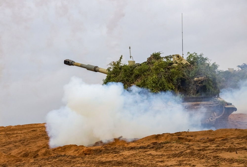 俄罗斯军队庆祝导弹部队和炮兵日
