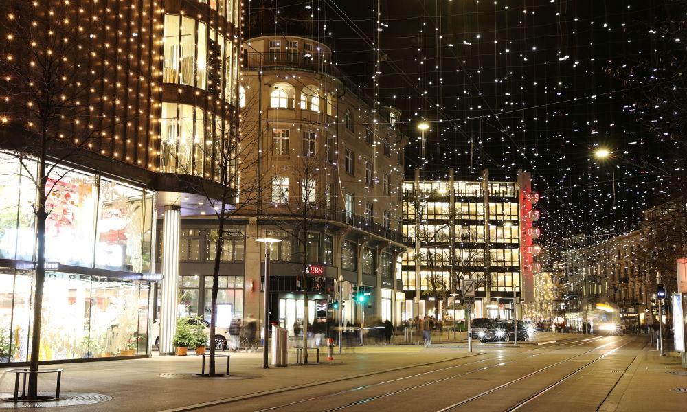 瑞士的圣诞彩灯