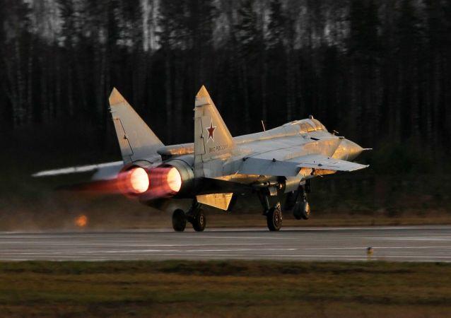 俄东部军区:已接受苏-35战机