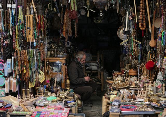 叙利亚阿勒颇举行战后首个传统工艺展销会