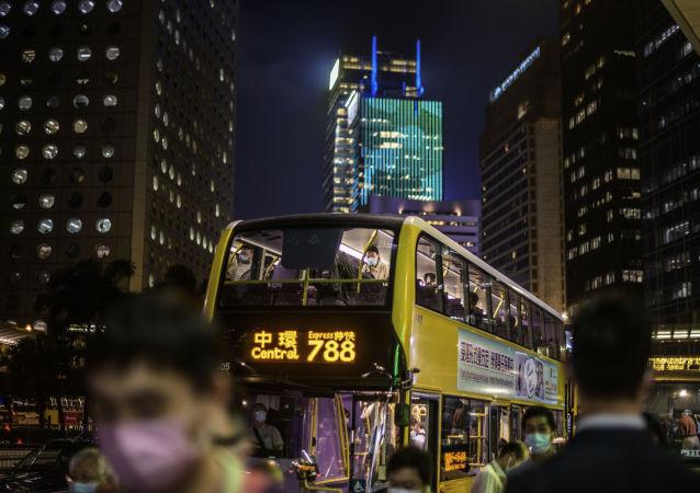 中国外交部:英方应放弃在香港延续殖民影响的幻想 收起虚伪和双重标准