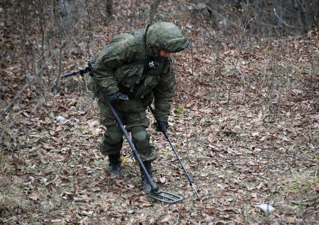 俄维和人员又对纳卡地区10公顷土地进行排雷作业