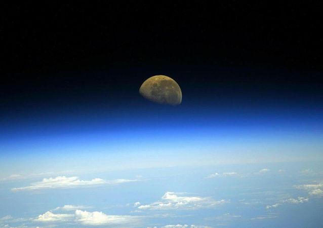 美国开始组装月球轨道站将不早于发送首批模块的2024年