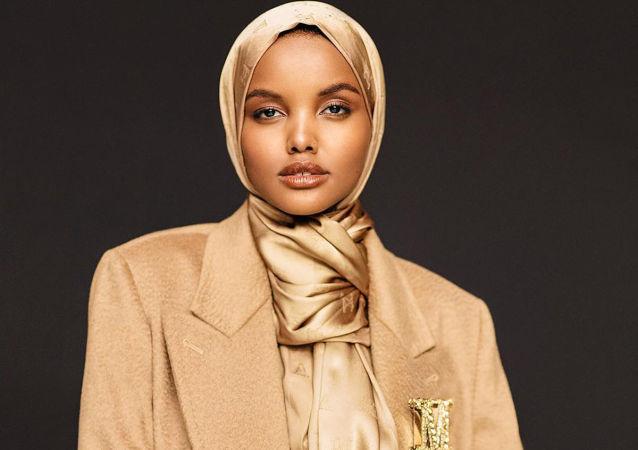 世界首位戴头巾的模特因宗教观点宣布退役