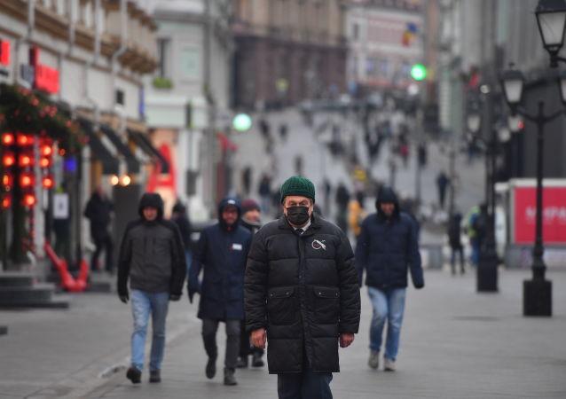 莫斯科市长称2021年将继续实施温和的防疫限制措施