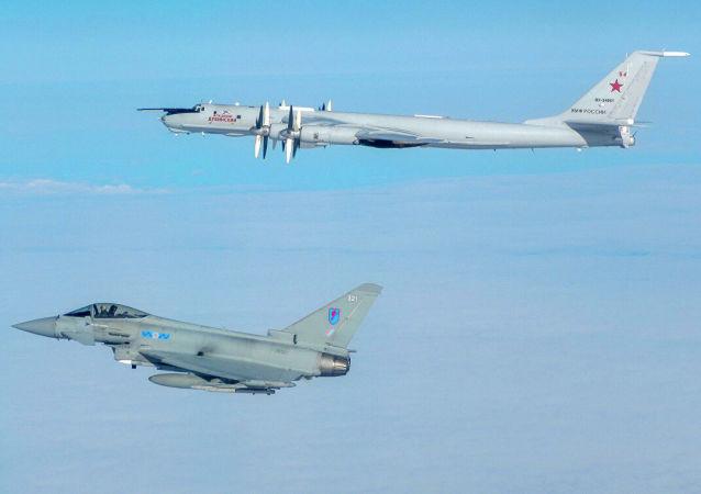 英国战机从苏格兰基地起飞拦截俄飞机