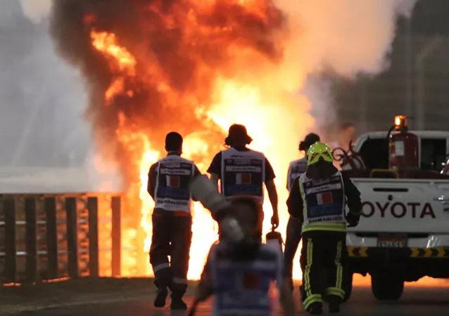 F1巴林站撞车火海逃生 格罗斯让预计12月1日出院