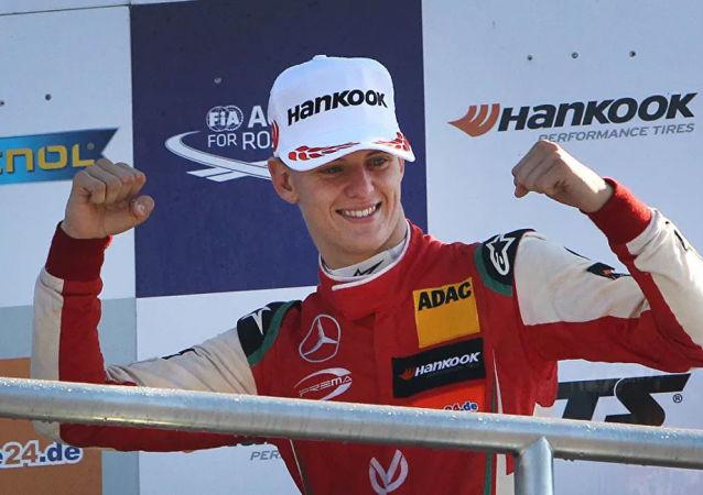 舒马赫之子与哈斯车队签多年合约 将征战F1