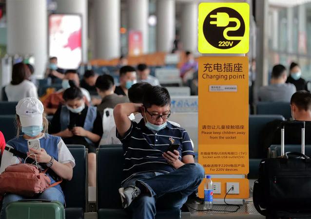 中国民航局:2021年民航春运旅客量较2019年同期下降51.44%