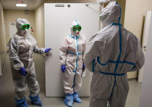 俄防疫指挥部:俄单日新增新冠病毒感染病例9284例 累计超479.6万例