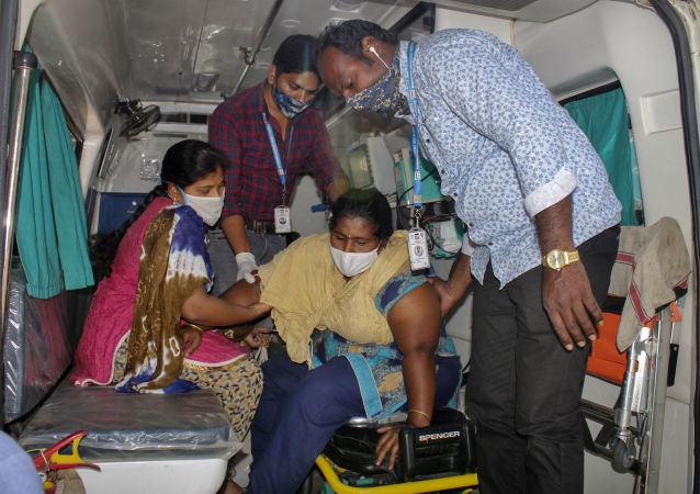 世卫组织专家抵达印度不明疾病暴发地