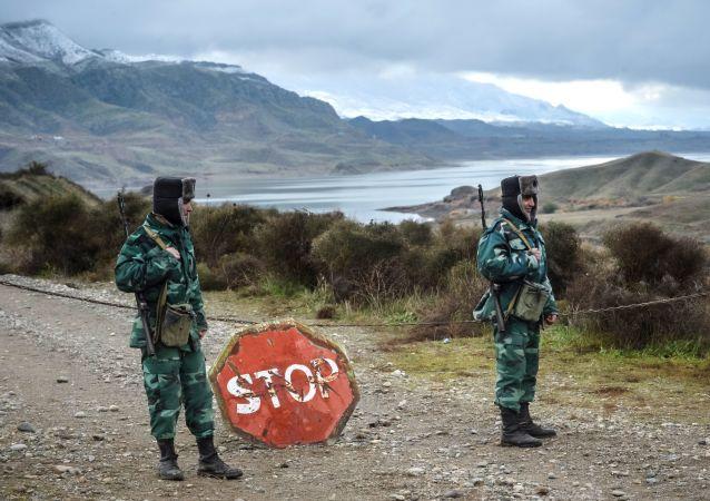 阿塞拜疆宣布拘留两名偷越过境的伊朗公民