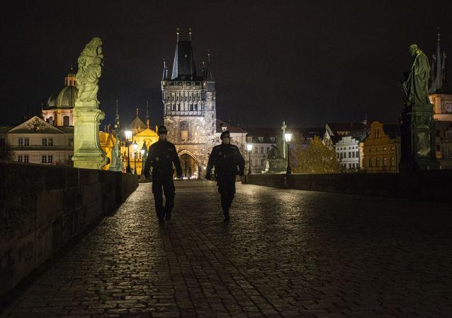 捷克司法部长:还存在两个以上2014年捷克军火库爆炸的版本