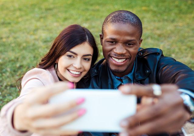 欧洲哪些国家居民对自拍照要求高?