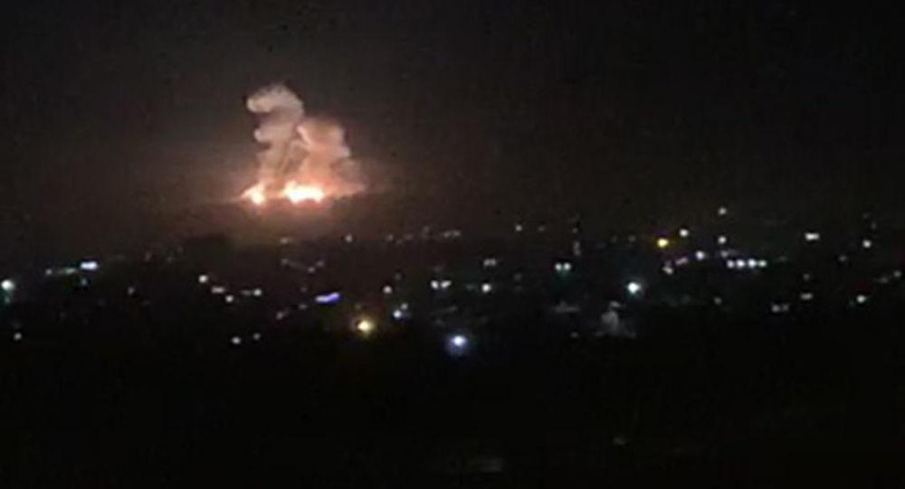 叙利亚防空武器抗击以色列在大马士革省的导弹攻击(资料图片)