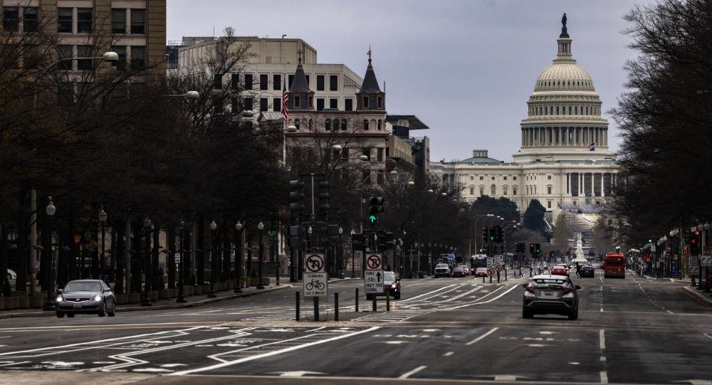 美国众议院开始审议针对特朗普的弹劾案