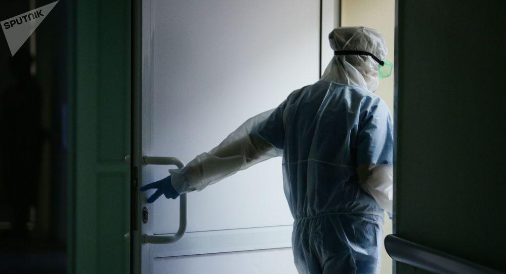 俄防疫指挥部:俄单日新增新冠感染病例11359例 累计至4246079例