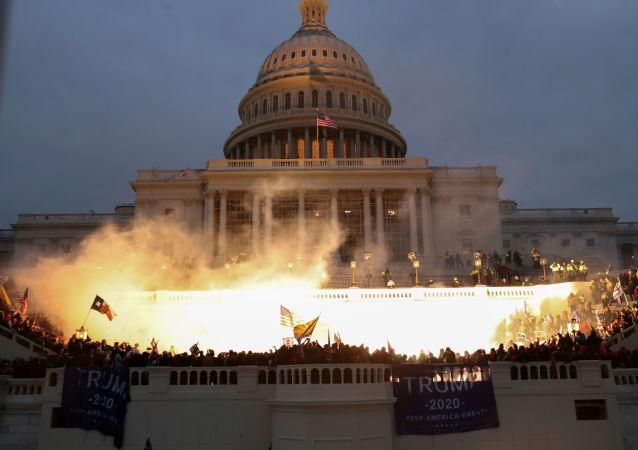 华盛顿国会大厦附近的爆炸