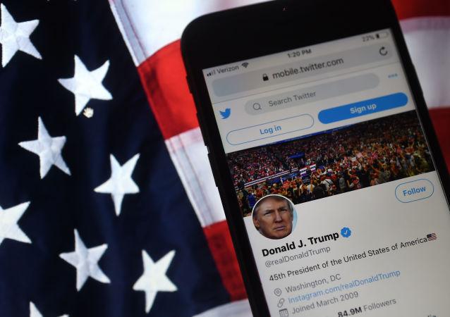 特朗普表示无意重返推特