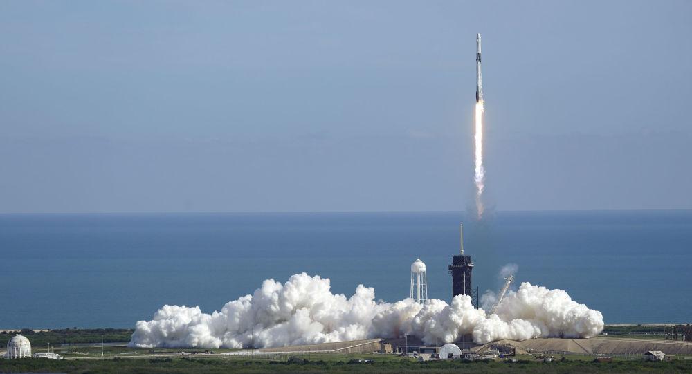NASA:SpaceX获得使用星际飞船运送宇航员前往月球的合同