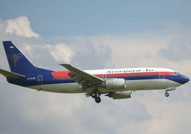 载有数十名乘客的印尼三佛齐航空(Sriwijaya Air)公司的客机坠入水中,飞机残骸已经找到