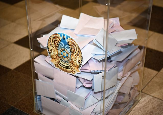 哈萨克斯坦议会选举