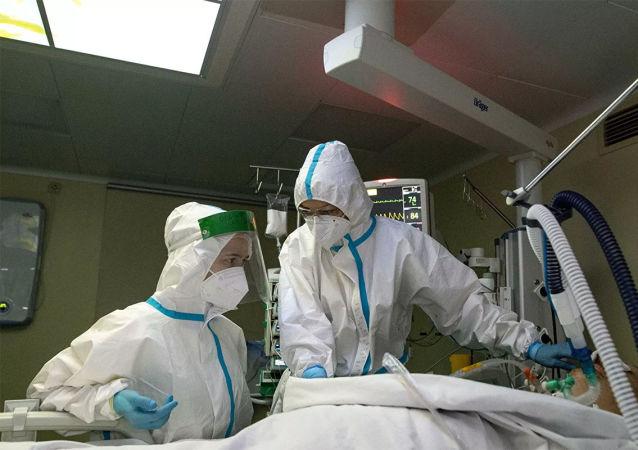 俄卫生部:羟氯喹被排除在可能的COVID治疗药物清单之外