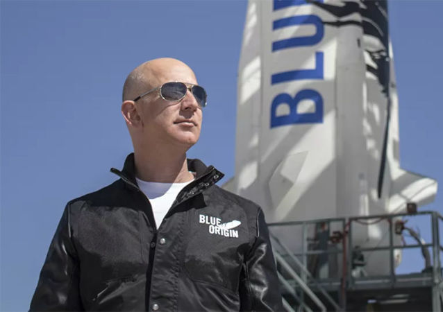 美国企业家杰夫∙贝索斯和蓝色起源航空航天公司