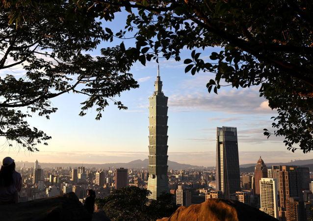 台湾当局呼吁民众无需恐慌购买防疫物资
